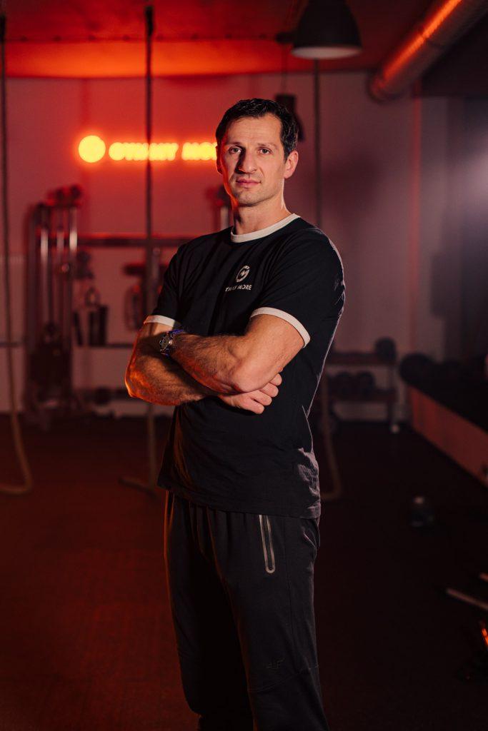 Trener Piotr Szczotka